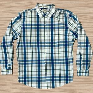 LL Bean Wrinkle Resistant Long Sleeve Button Down